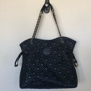 Tory Burch Marion Quilted Slouchy Tote ( Large)